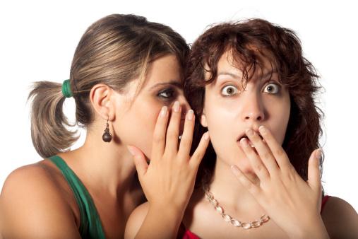 Përse njerëzit bëjnë thashetheme?